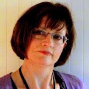 Lynda Mugglestone